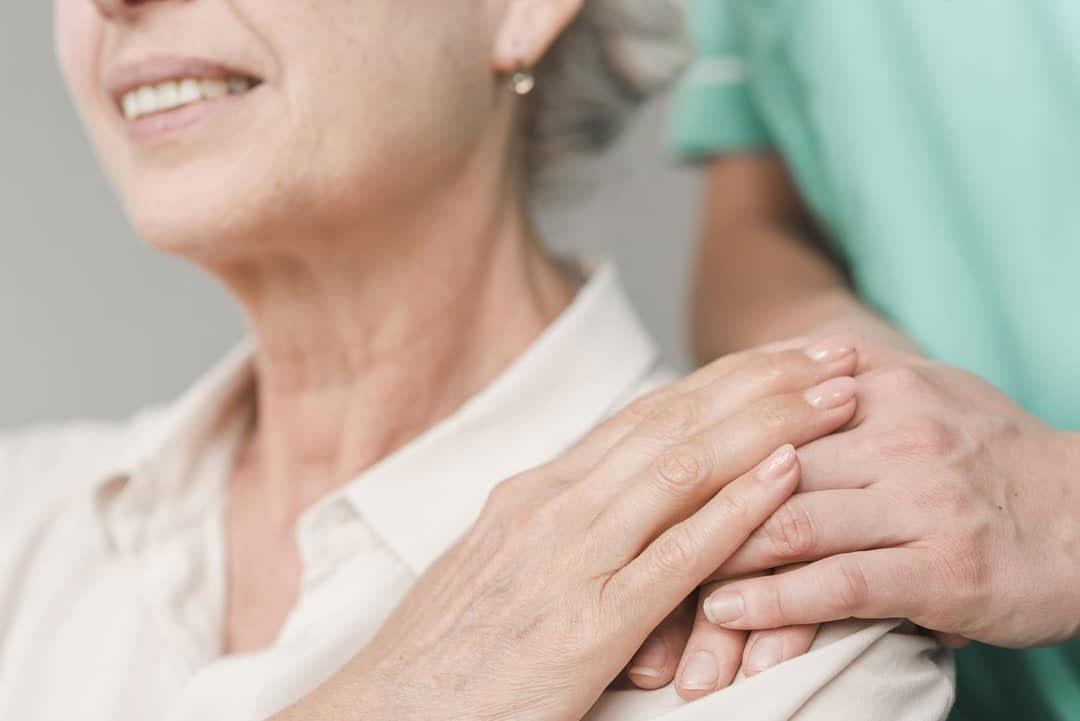 kućno lečenje i pregledi - fiziopraktik